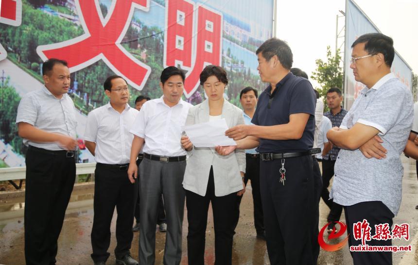 吴海燕调研重点项目建设工作