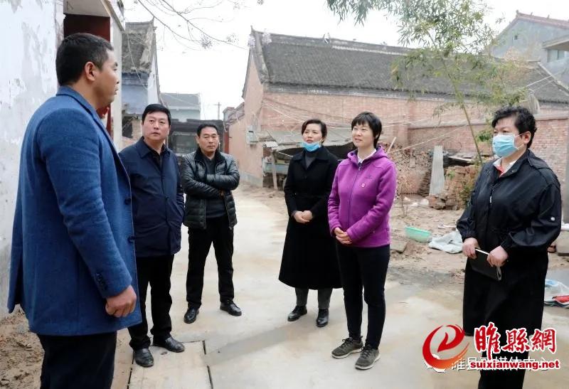 """吴海燕看望慰问抗疫""""商丘好人""""刘光亮"""