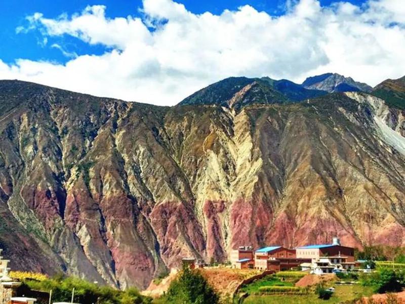 西藏唯一的纳西族乡,藏着千年来的另类景观!