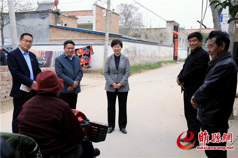 吴海燕到尚屯镇调研农村人居环境整治工作